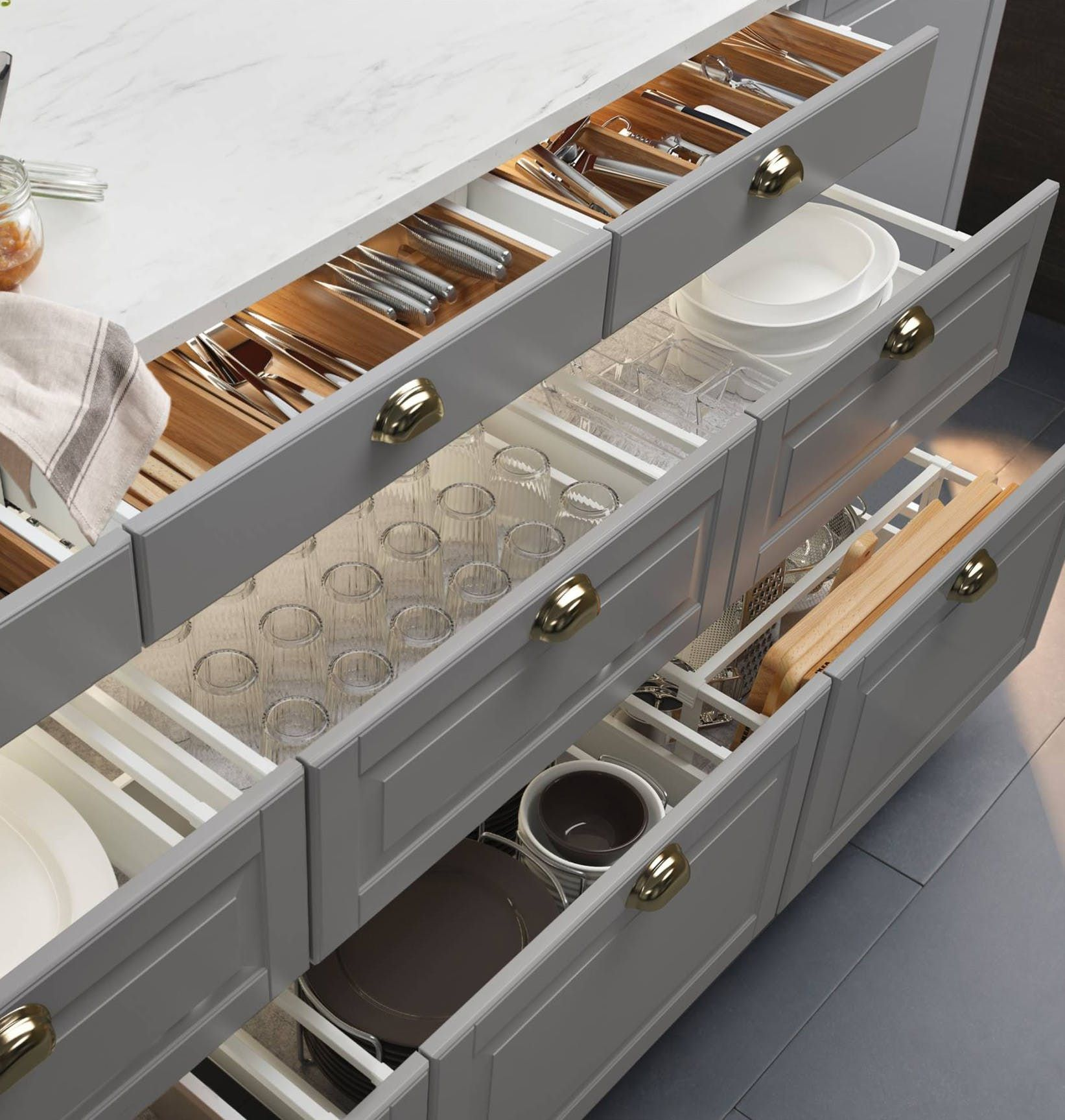 4 Steps on How to Organize Your Kitchen Cabinet Drawers